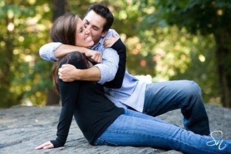 Cariños físicos y la relación de pareja